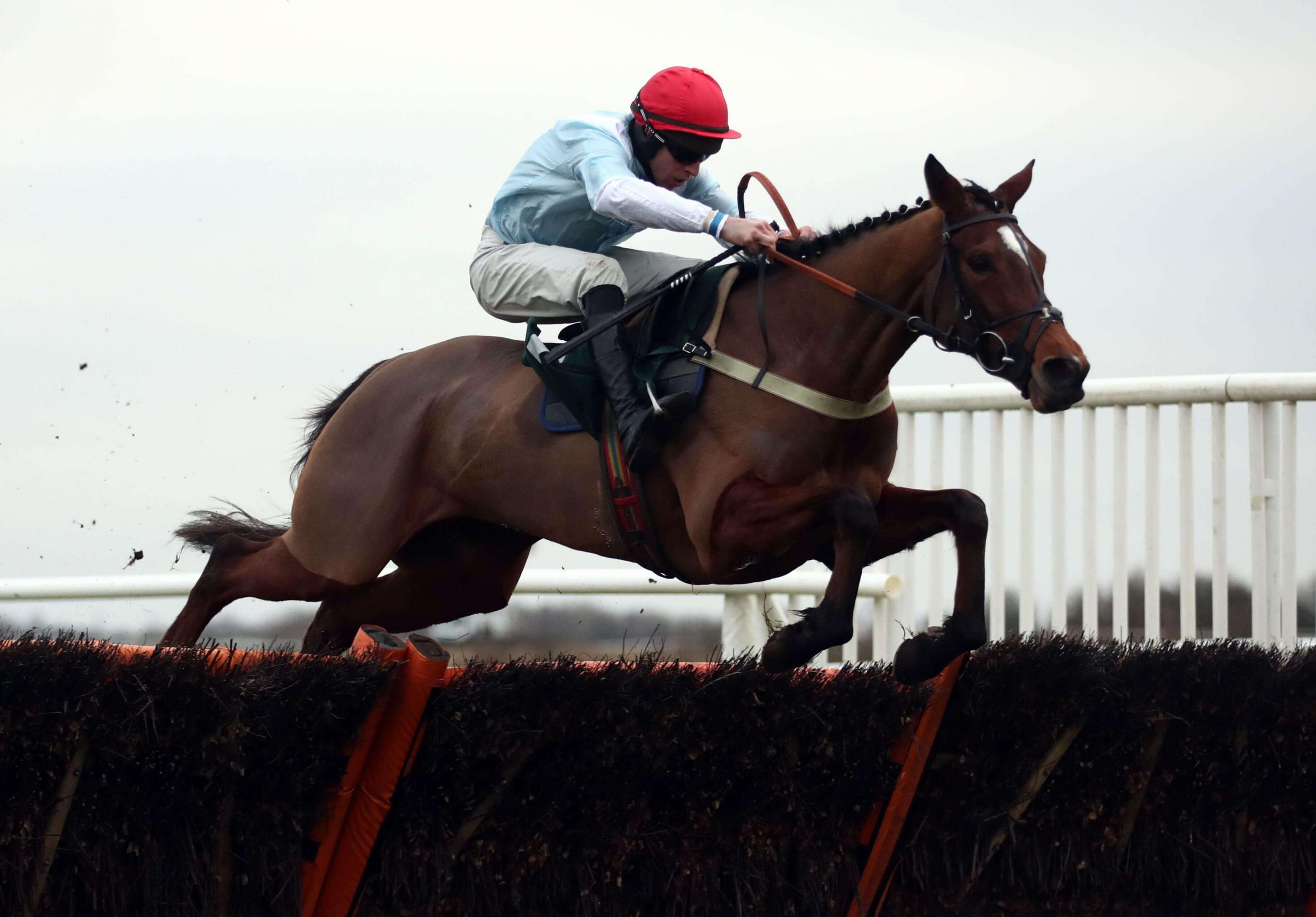 Anythingforlove, trained by Jamie Snowden, winning at Catterick Racecourse under Gavin Sheehan