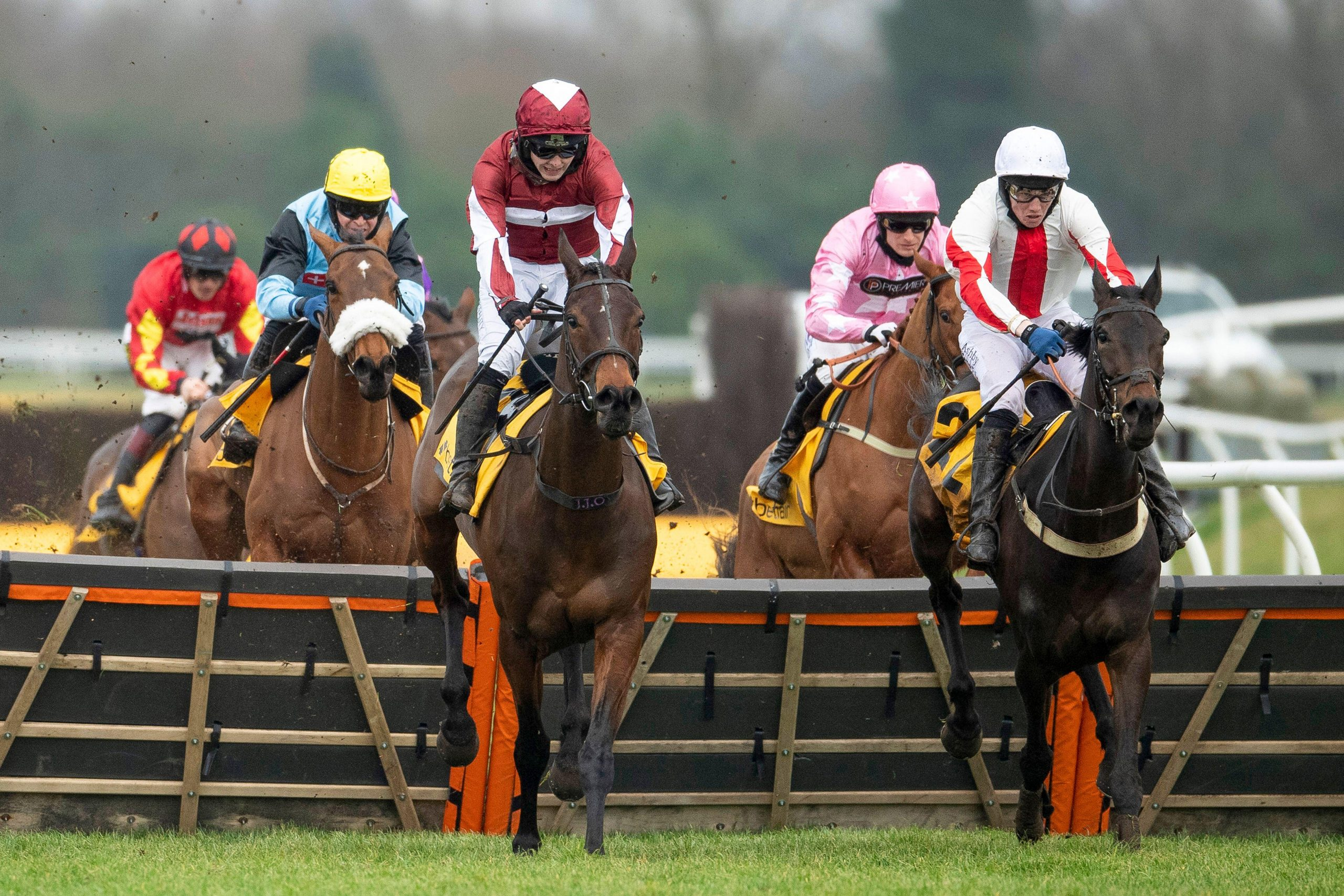 Soaring Glory jumping the last to win the Betfair Hurdle at Newbury Racecourse in February 2021
