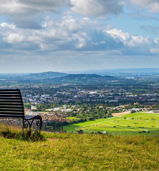 WPG583 A view of Cheltenham Racecourse and Cheltenham Spa from Cleeve Hill, England Arkle