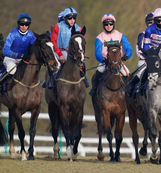 2E1MR46 Max Kendrick riding Pop The Champagne (centre right) at the start before winning The Watch Sky Sports Racing In HD Mares' Standard Open NH Flat Race at Lingfield Park Racecourse.